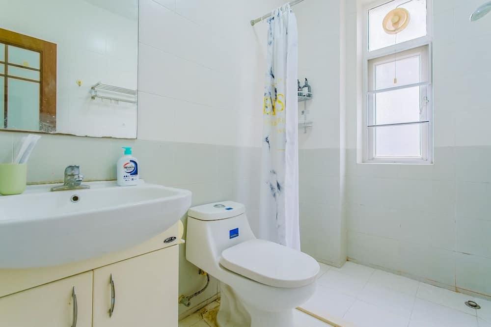 Apartamento Básico, 3 Quartos, Não-fumadores - Casa de banho