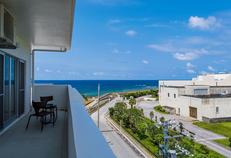 MINATO Chatan Seaside Condominium, Šatana, Kooperatīva tūristu mītne, Terase/iekšējais pagalms