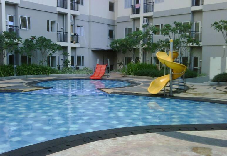 Great Location 2BR Maple Park Apartment, Jakarta, Exterior