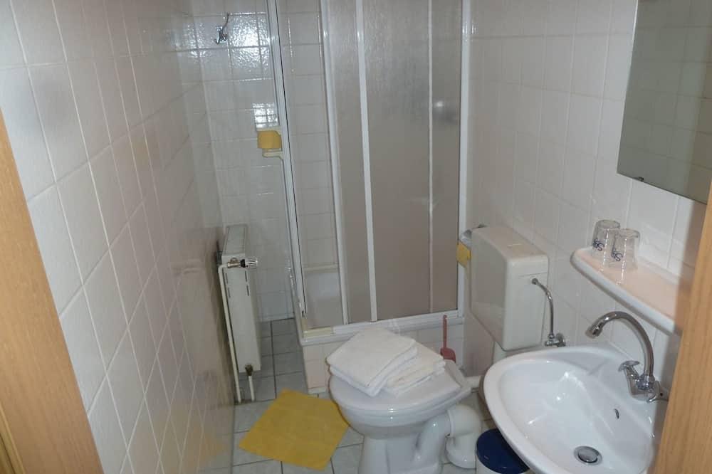 Standard-dobbeltværelse - privat badeværelse - Badeværelse