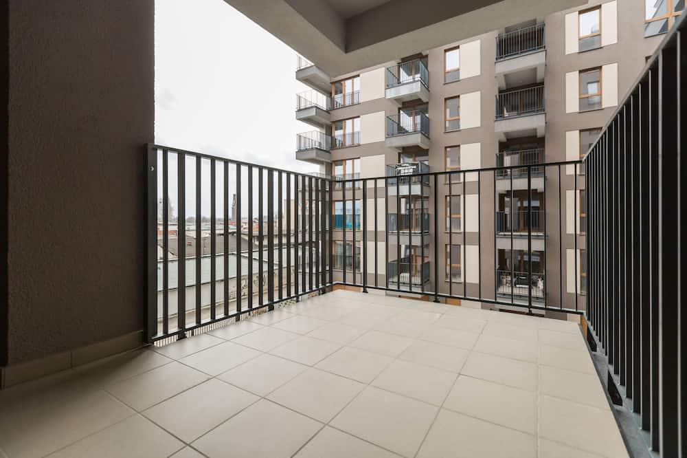 標準公寓, 1 張加大雙人床和 1 張沙發床 (I) - 陽台