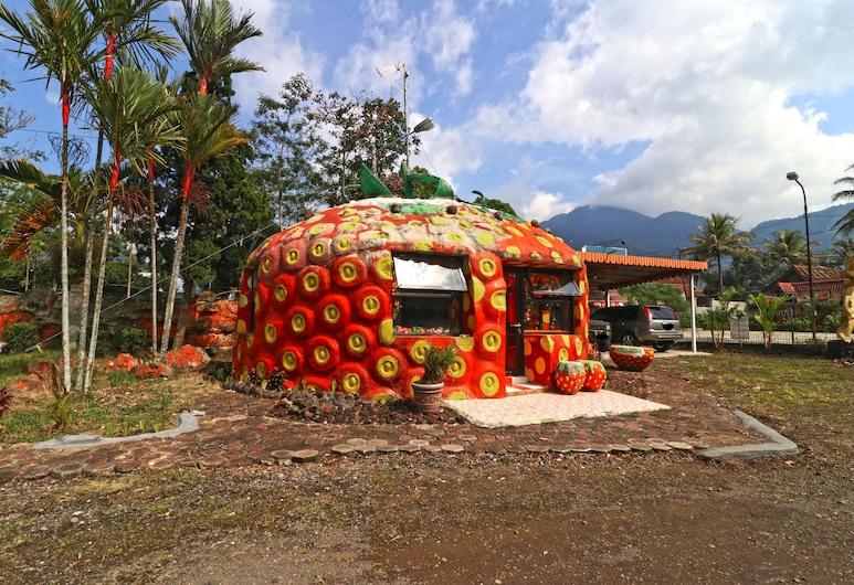 Hotel Agung Permata Artha, Garut, Kamar Keluarga, Kamar Tamu
