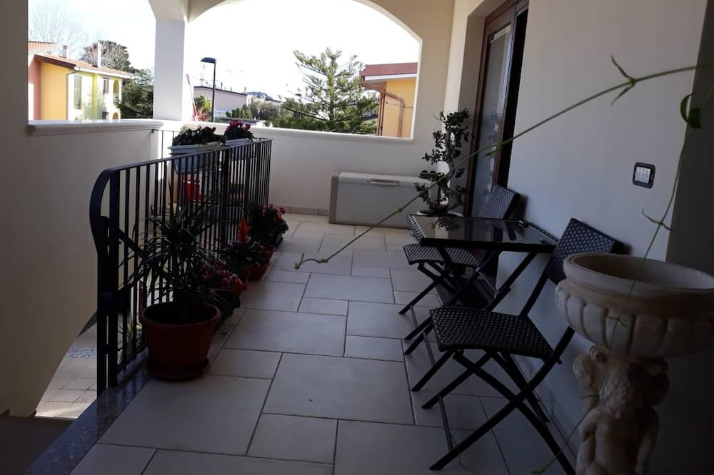 Studio (Cala Mariolu) - Terassi/patio