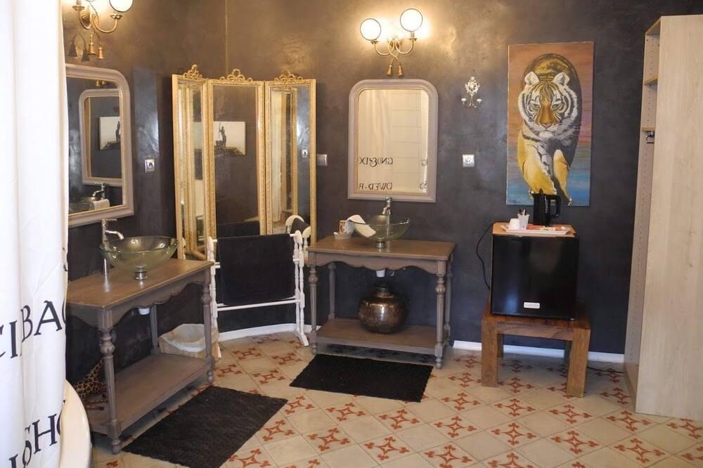 客房 (Safarichic) - 浴室