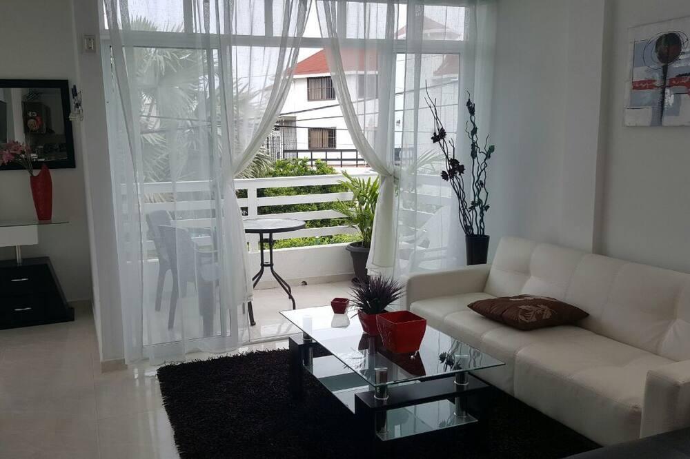 Familjelägenhet - 2 sovrum - balkong (Sea Breeze 1) - Vardagsrum