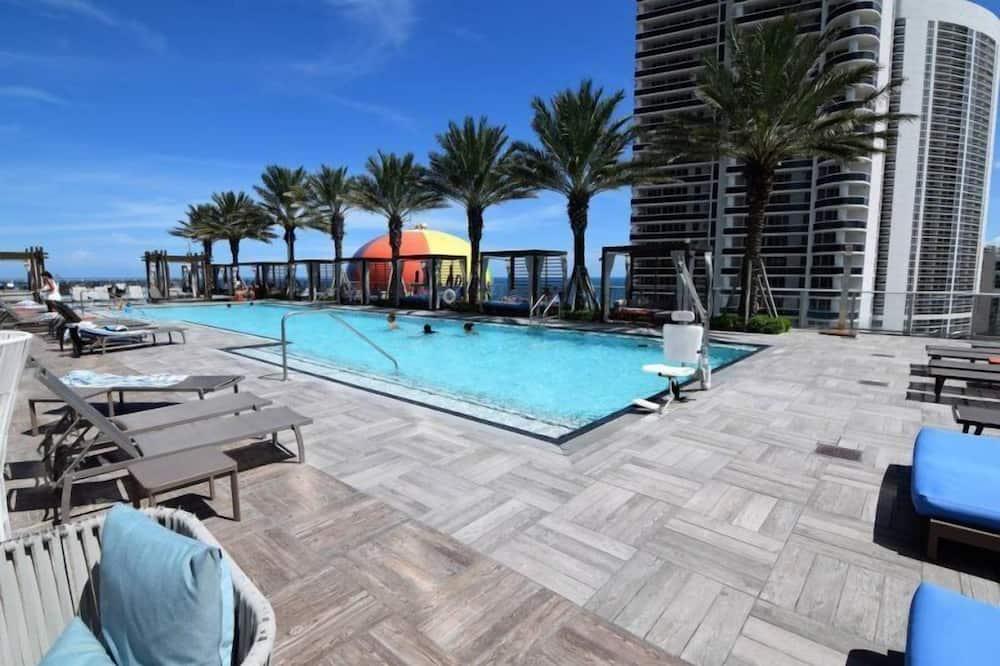 คอนโด (Amazing Oceanfront 3Bed 3 Bath on the) - สระว่ายน้ำ