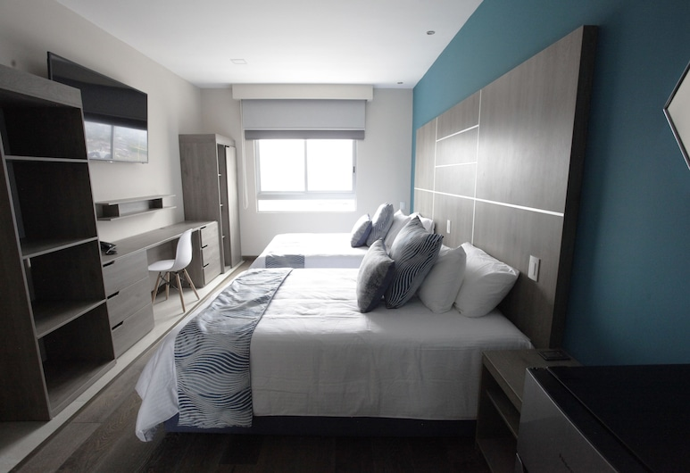 Capitals Luxury Apartments, Mexico City, Traditional Apartment, 2 Double Beds, City View, Room