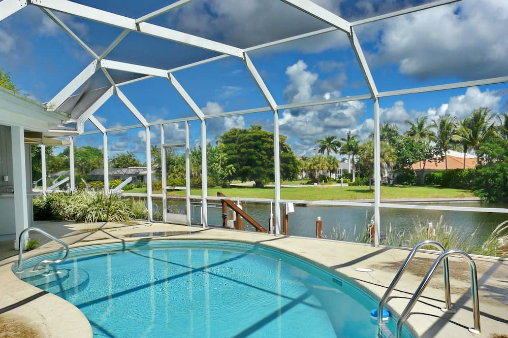 House, Multiple Beds (429 North Barfield Drive) - Pool