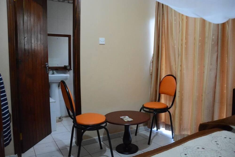 Vienvietis kambarys - Vakarienės kambaryje