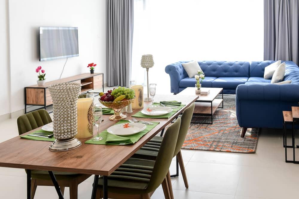 Apartamento, 2 habitaciones, vistas a la ciudad - Zona de estar