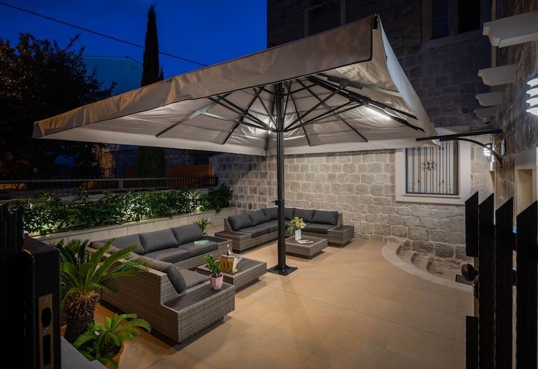 Mediterra residence, Split, Inngangen til overnattingsstedet