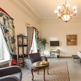 Pokoj Junior s dvojlůžkem nebo dvěma jednolůžky, dvojlůžko (180 cm) - Obývací prostor