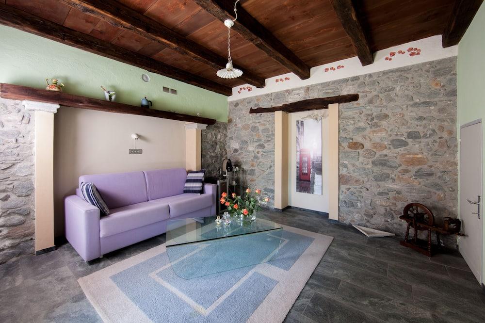 Dvojposchodový apartmán, výhľad na hory (Monte Lesino) - Obývacie priestory