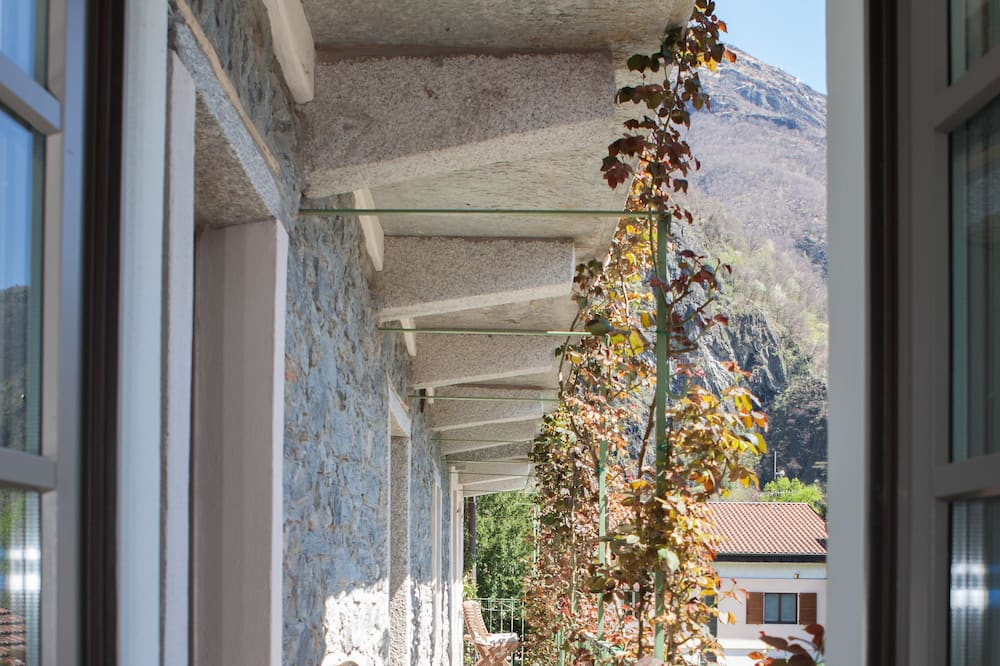 Dvojposchodový apartmán, výhľad na hory (Monte Lesino) - Terasa