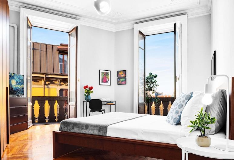 Modern 3 Bedrooms Apartment, Milan