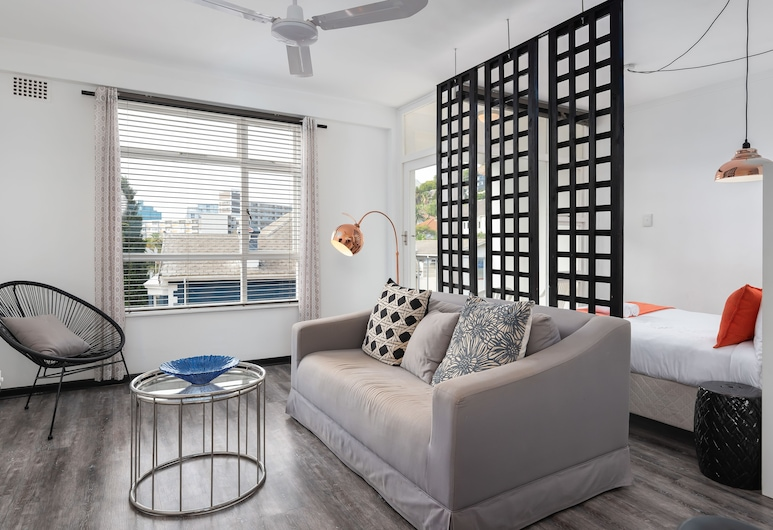 Cascades 508, Cape Town, Comfort Apartment, 1 Queen Bed, Living Area