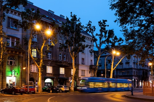 Book B B Downtown Zagreb In Zagreb Hotels Com