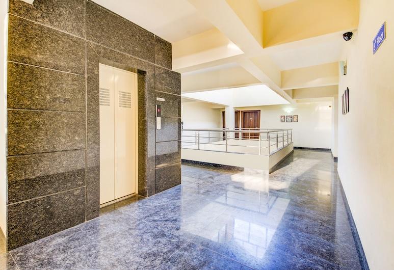 FabHotel Ornate, Paud, Lobby