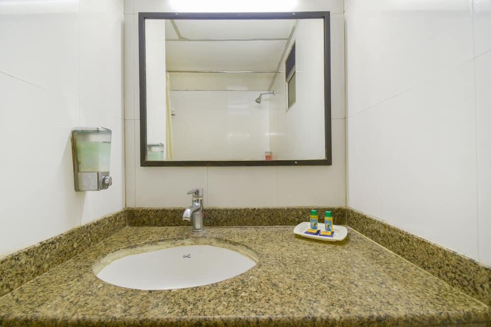 Izba typu Deluxe, 1 dvojlôžko - Kúpeľňa