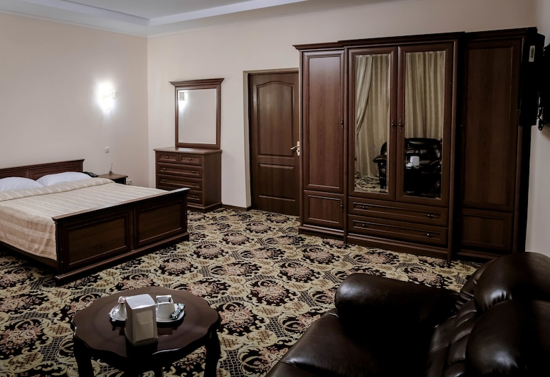 Hotel Ajour, Almaty, Suite, Courtyard View, Guest Room