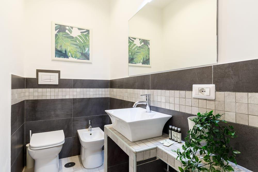 Kamar Double Superior, 1 Tempat Tidur Queen, jet tub - Kamar mandi