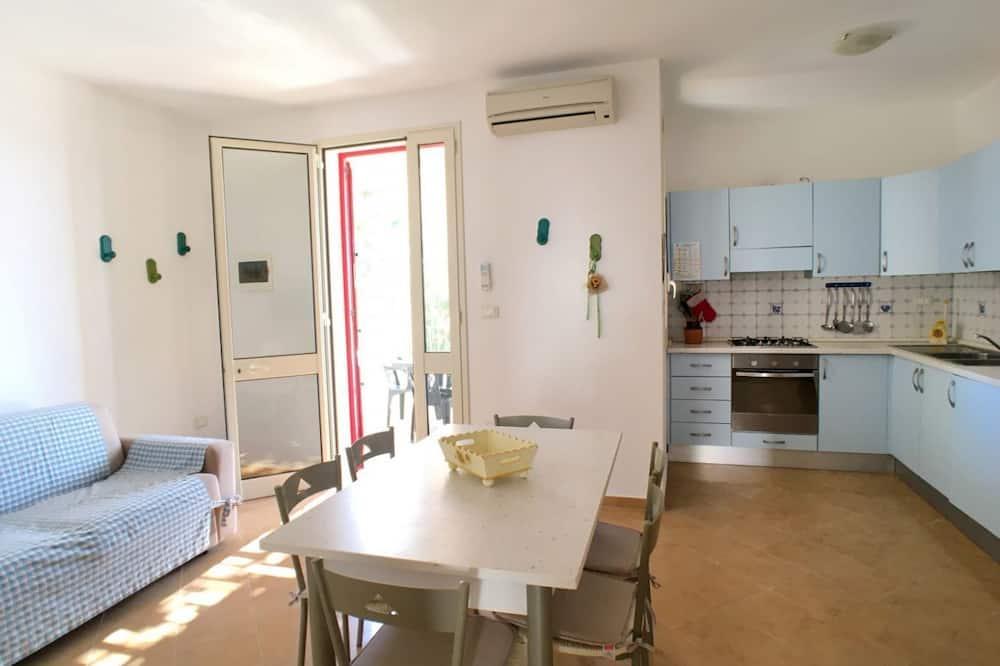 Villa, 2 Bedrooms - Living Area