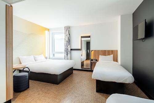 塞爾吉聖克里斯托弗民宿飯店/