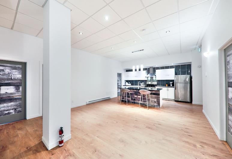 The Olympic, Montreal, Departamento urbano, 3 habitaciones, para no fumadores, vista a la ciudad (Entire Apartment), Sala de estar