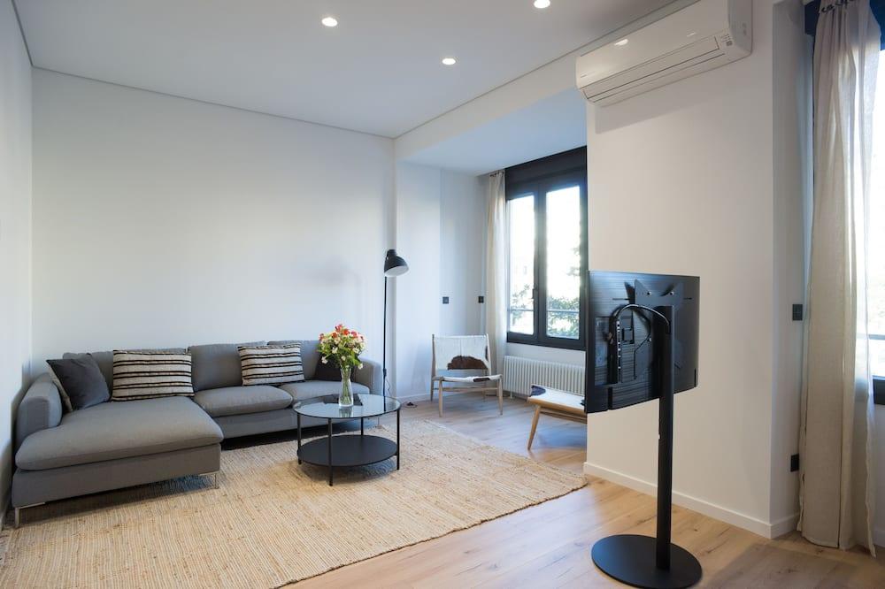 Dzīvokļnumurs, četras guļamistabas, terase, skats uz pilsētu - Dzīvojamā istaba