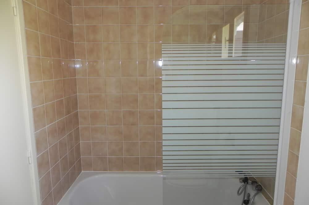 Standard szoba, 1 kétszemélyes ágy - Fürdőszoba