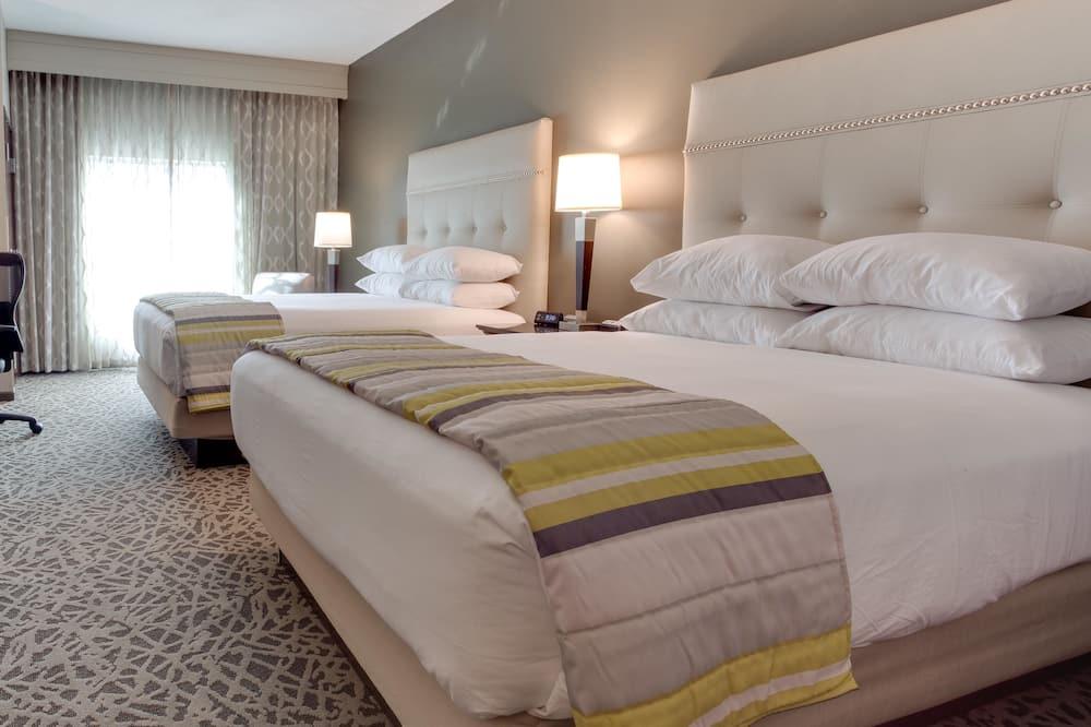 Deluxe-Zimmer, 2Queen-Betten, Kühlschrank und Mikrowelle (Hearing Accessible, Upper Floor) - Zimmer