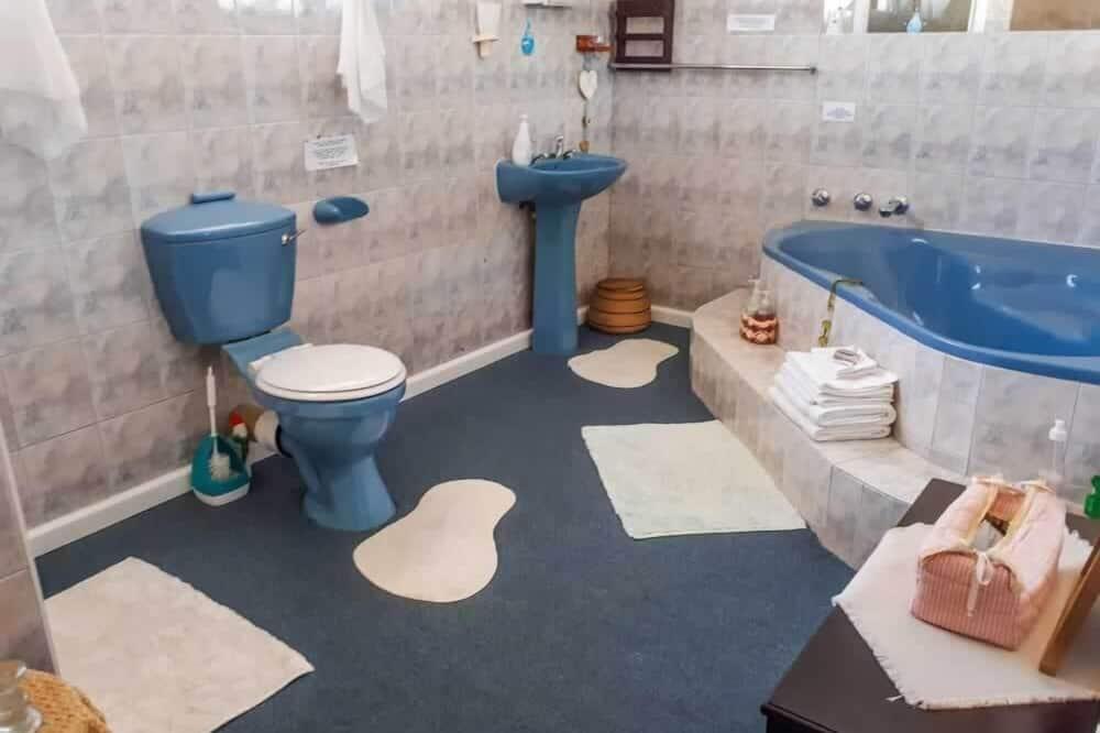 Rodinná trojlôžková izba, viacero postelí, nefajčiarska izba - Kúpeľňa