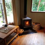 Family Cabin, 2 Bedrooms, Private Bathroom, Garden View - Living Room