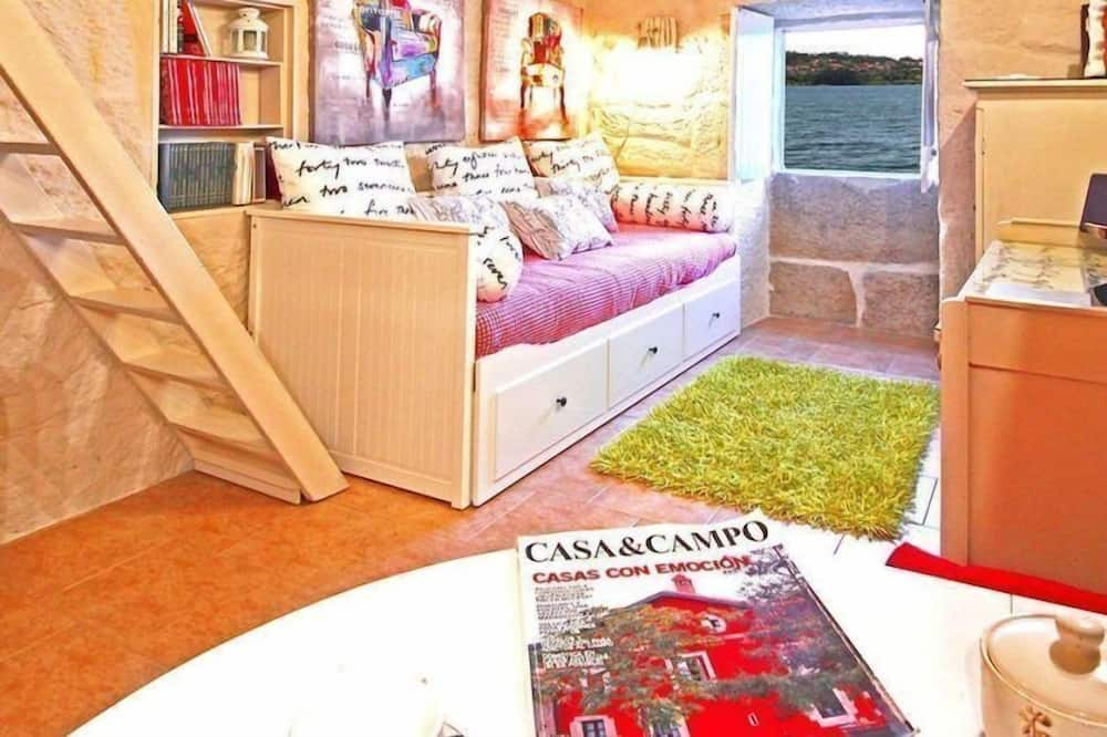 Romantic House, 1 Bedroom, Sea View - Living Room