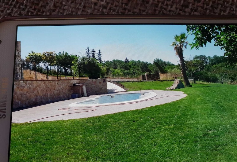 La Bella Vista, Melfi, Kültéri medence