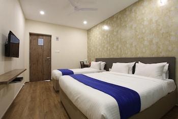 Picture of Ocean Suites Hotel in Mumbai