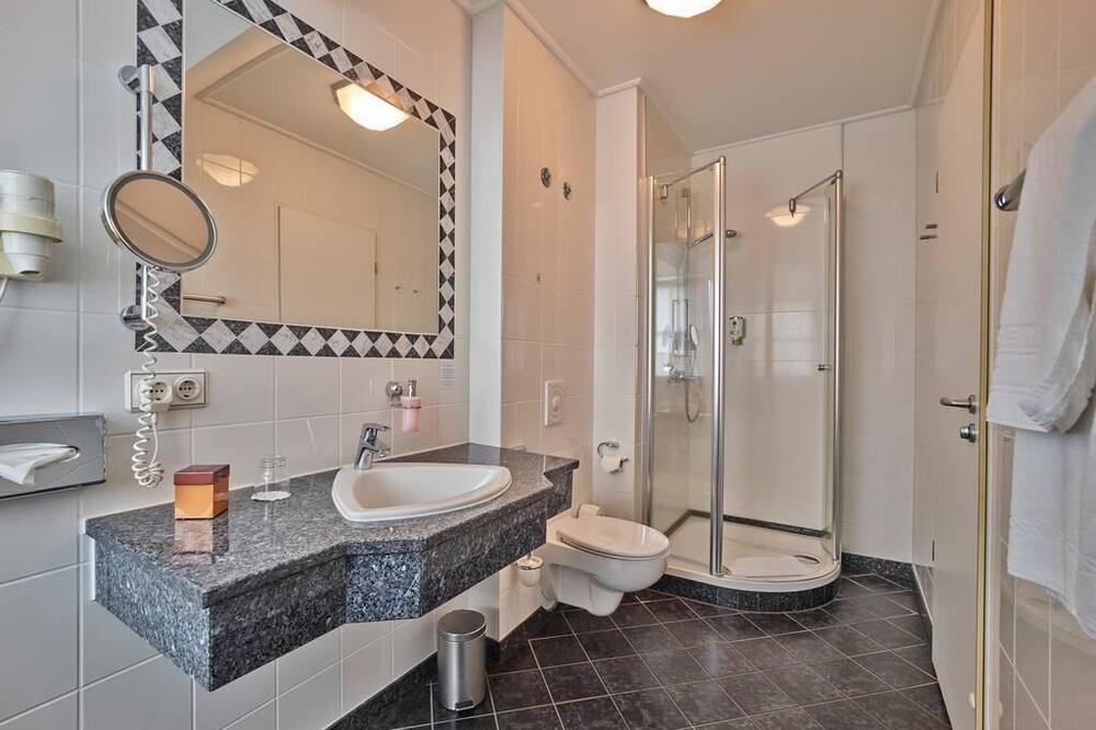 Phòng đơn Tiêu chuẩn, 1 giường đơn lớn - Phòng tắm