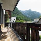 Family Apartment, Ensuite, Mountain View (Apartma hiša) - Balcony