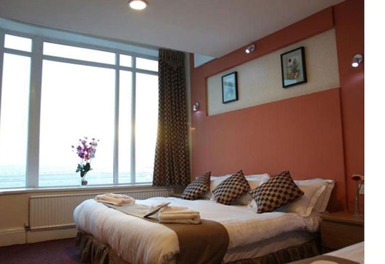 New Oceans Hotel, Blackpool, Superior suite, en-suite badkamer ( (2 Adults + 2 Children)), Kamer