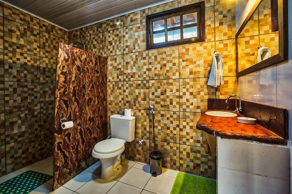 Apartamentai (Capao Redondo) - Vonios kambarys