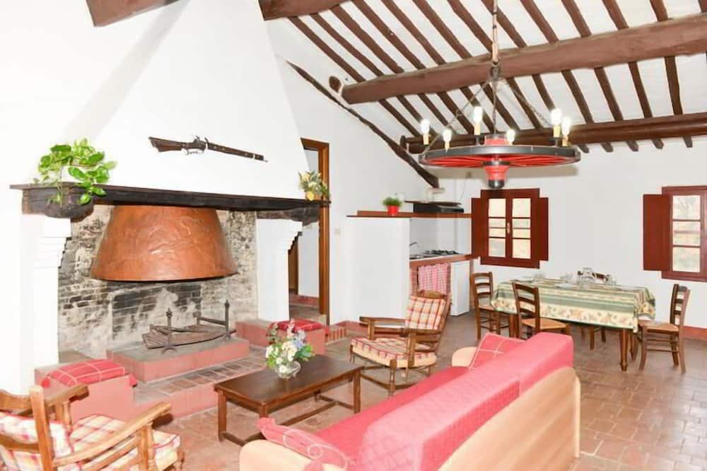 Appartamento familiare, 2 camere da letto, terrazzo, vista piscina (Camino) - Area soggiorno