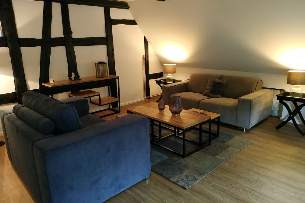 Royal St. Annes - Living Area