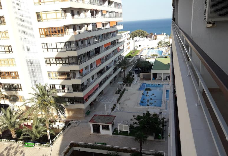 Apartment With one Bedroom in Torremolinos, With Wonderful sea View, Pool Access, Terrace, Torremolinos, Buitenkant
