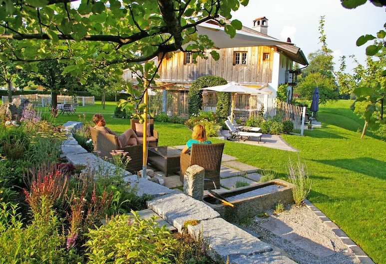 Gästehaus Lechner, Bernau am Chiemsee, Giardino