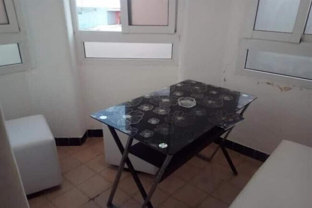 아파트, 슈퍼싱글침대 1개 - 거실