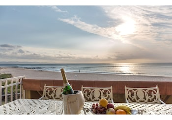 Picture of Jeffreys Bay Beach Accommodation in Jeffreys Bay
