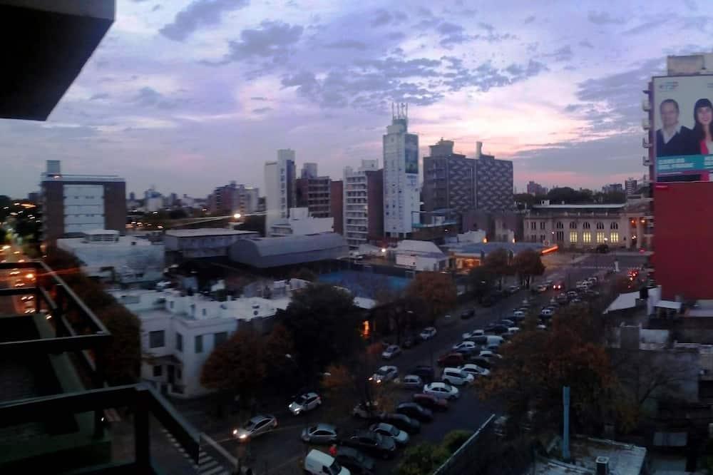 Departamento estándar, balcón, vista a la ciudad - Vista al balcón