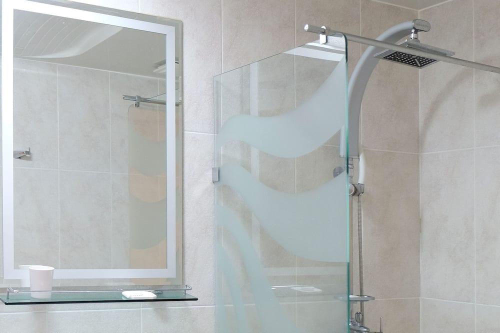 Deluxe Twin Room, City View - Bathroom