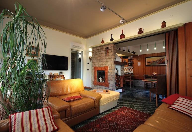 Villa Mirella, Bordighera, Lobby Sitting Area