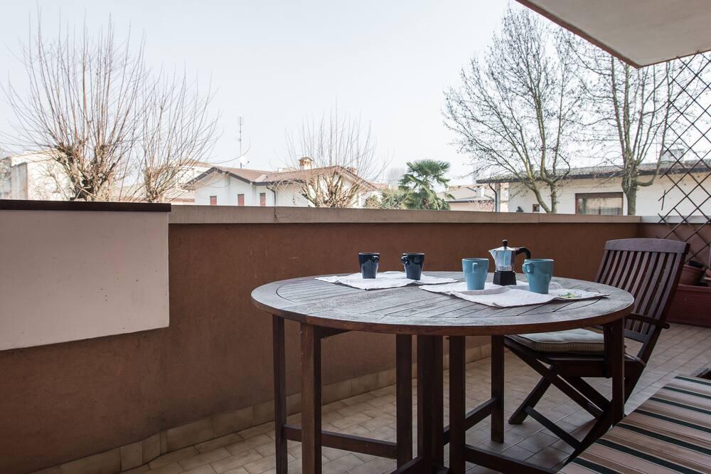 Huoneisto, 3 makuuhuonetta, Patio - Terassi/patio
